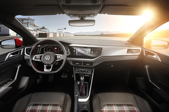 VW ポロ GTI 2017