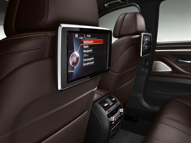 BMW 5シリーズ インテリア iPad