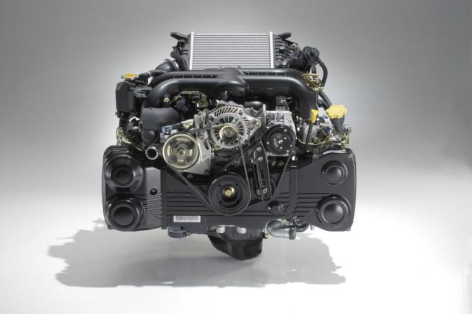 ウェットサンプ 水平対向エンジン