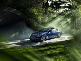 最高出力600馬力、V8搭載…4WDの「アルピナ B7 xDrive」の正体とは?