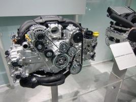 スバリストの誇り!水平対向エンジンを搭載する3つのメリットとは?