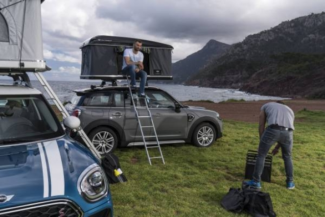 AUTOHOME roof tent for the new MINI Countryman キャンピングカー