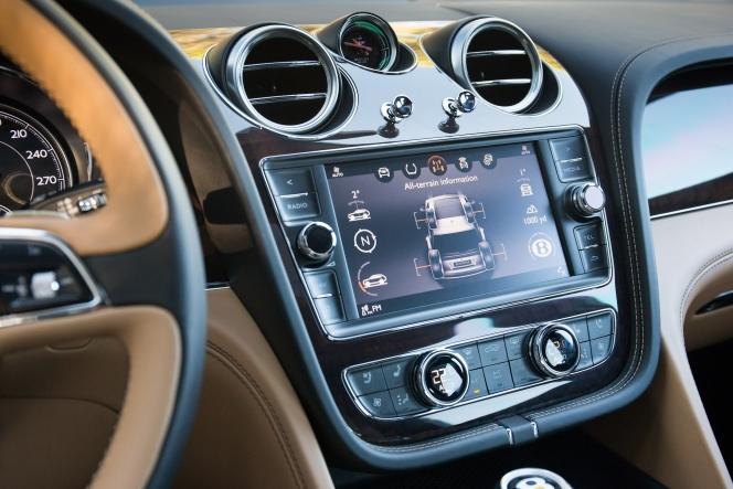 ベントレー ベンテイガ W12