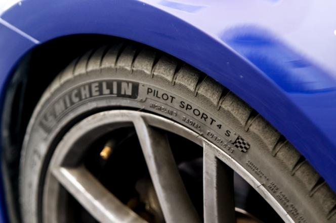 Michelin_pilotsport4s_アブダビ