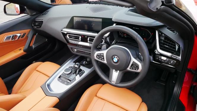 BMW Z4 鈴木ケンイチ