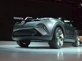 【東京モーターショー速報】ジャパンプレミアムの「TOYOTA C-HR Concept」は個性的なスタイル!
