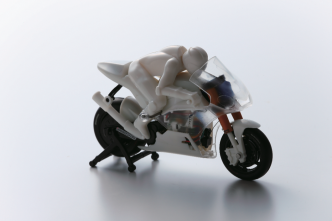 アヘッド 自分仕様のラジコンバイク