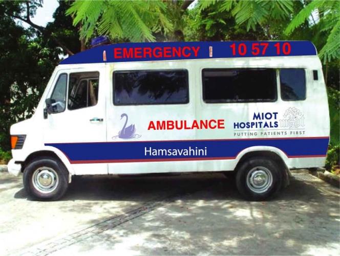 インドの救急車