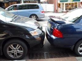 ゴールド免許所持やバック駐車が苦手など…ペーパードライバーあるある10選
