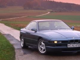 BMWのV12エンジン搭載モデル …欠番となった「8シリーズ」は復活しないのか?