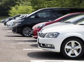 青空駐車場でも問題なし!車のボディーカバーにはどのようなメリットがある?