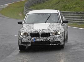 BMW、5シリーズ「GT」次世代モデルがニュルで高速テストを開始!