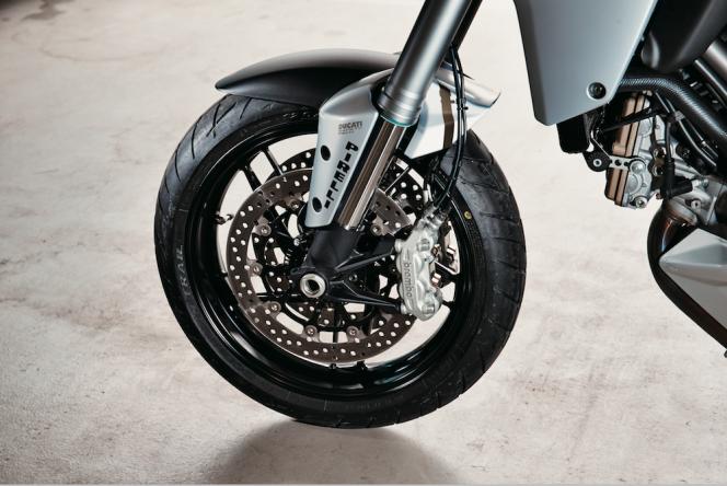 アヘッド 素晴らしき「多重人格」 ─ ドゥカティ ムルティストラーダ1200S