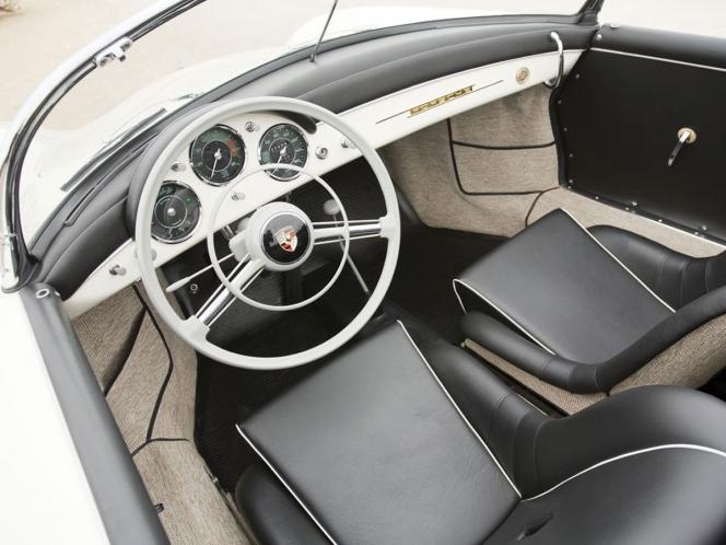 ポルシェ 356Aインテリア