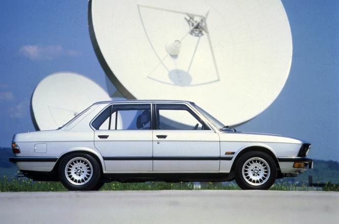 BMW 5series (E28)