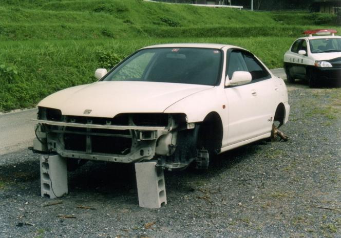 タイヤ盗難