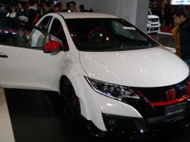 世界8500台限定のシビックタイプR…シリアルナンバー0001が日本で売りだされる