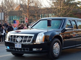 世界最強のクルマ!?アメリカ大統領専用車の装備がヤバすぎる!!