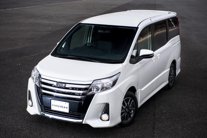2014 Toyota Noah Aero Si