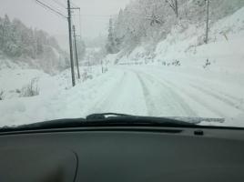 新雪にご注意を!雪道にはまった時の脱出法