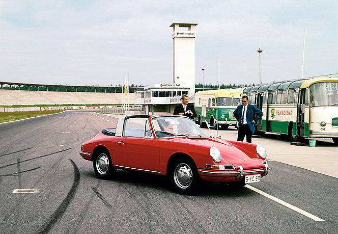 ポルシェ 911タルガ 1967年