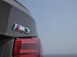 国産スポーツカーとMの決定的な違い