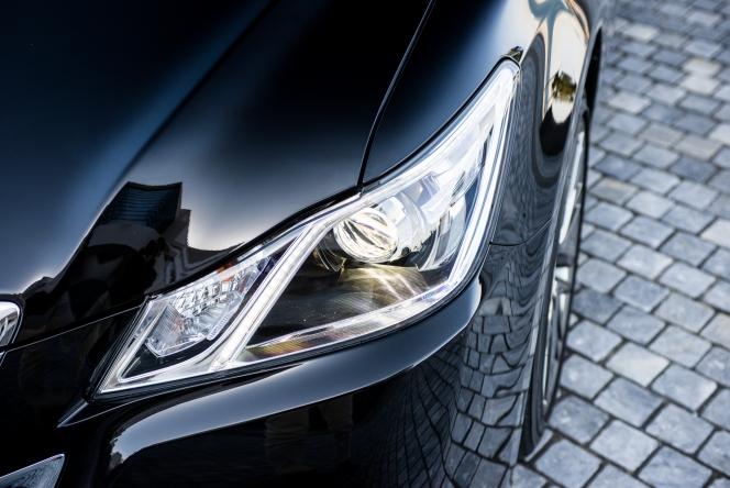 2013 Toyota Crown