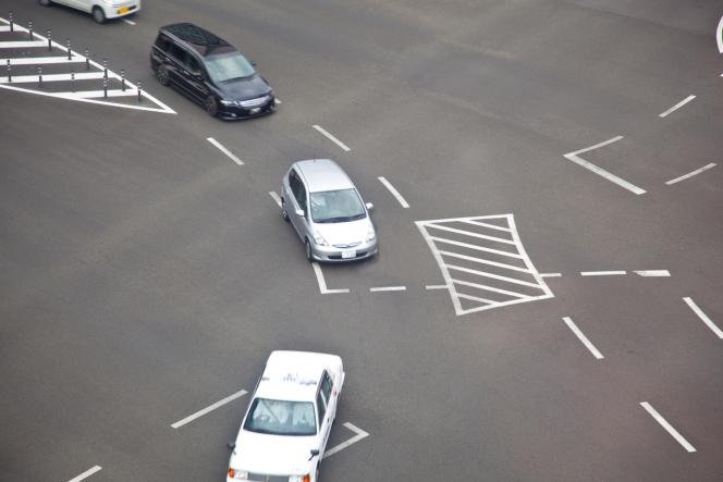 道路 右折