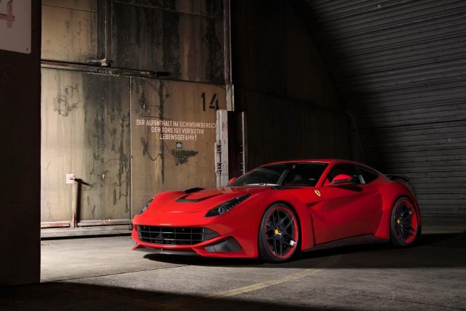 フェラーリ 458 イタリア 倉庫