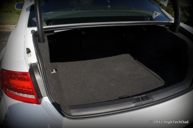 audi A4 Quattro 2012 トランク