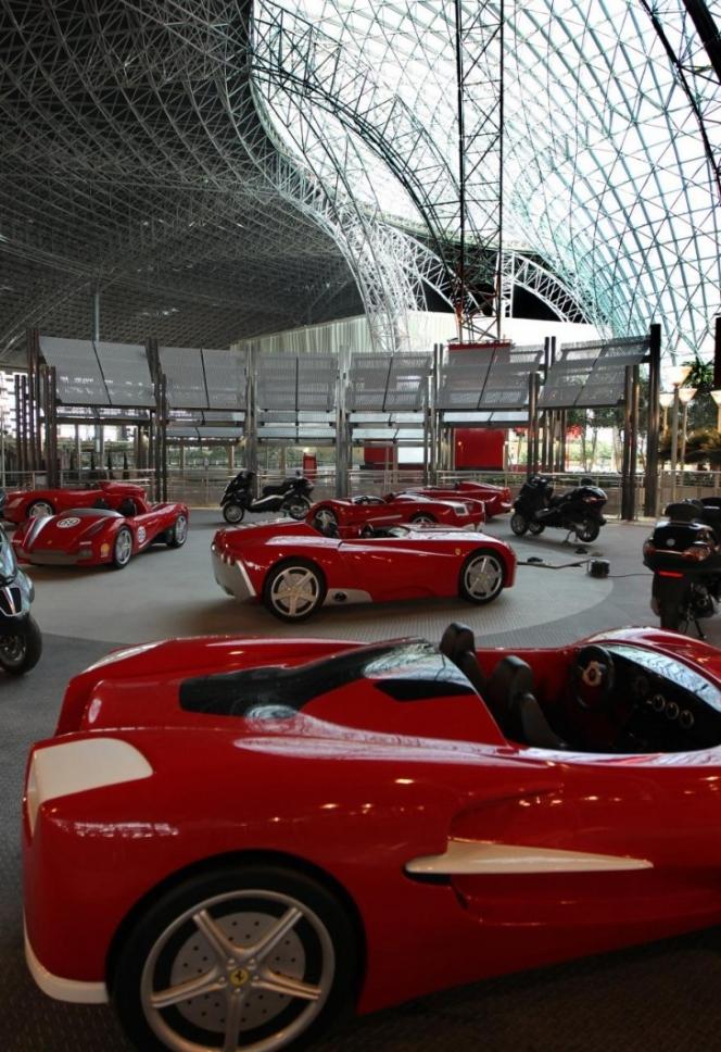 歴代のスーパーカーを一挙公開!フェラーリ展示室