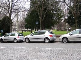車のタイヤはなくなる運命?!360度動くタイヤが想像以上にすごい!
