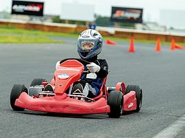 夏休みの思い出と、親子電気レーシングカート教室