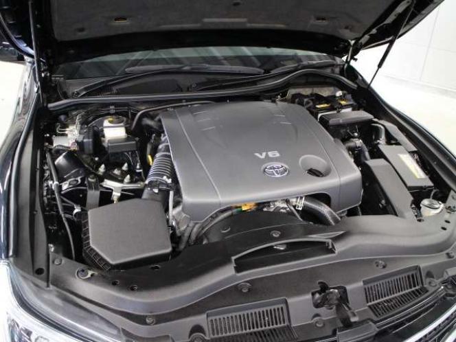 「V6 2500」ガソリン 4GR-FSEエンジン