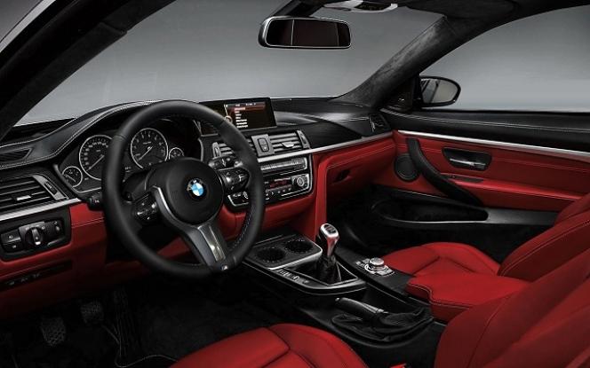 BMW M4 内装