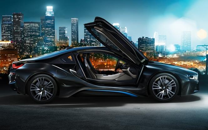 BMW i8 夜