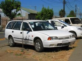 日産 アベニールってどんな車?日産 アベニールの中古価格と燃費は?