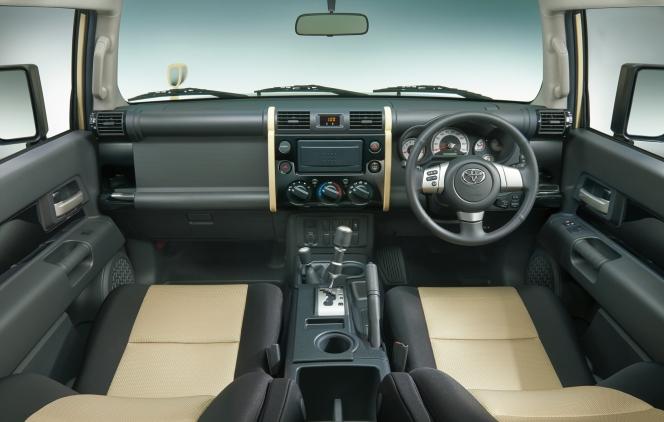 トヨタ FJクルーザー ファイナルエディション 2017