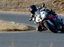 オートバイの未来を考える S1000RR vs V-Strom650ABS