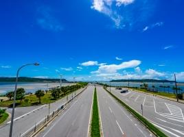 沖縄に住んでいるんだけど、家まで車の買取に来てくれるの?