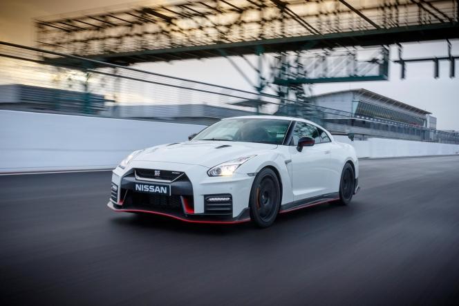 日産 GT-R NISMO 2018