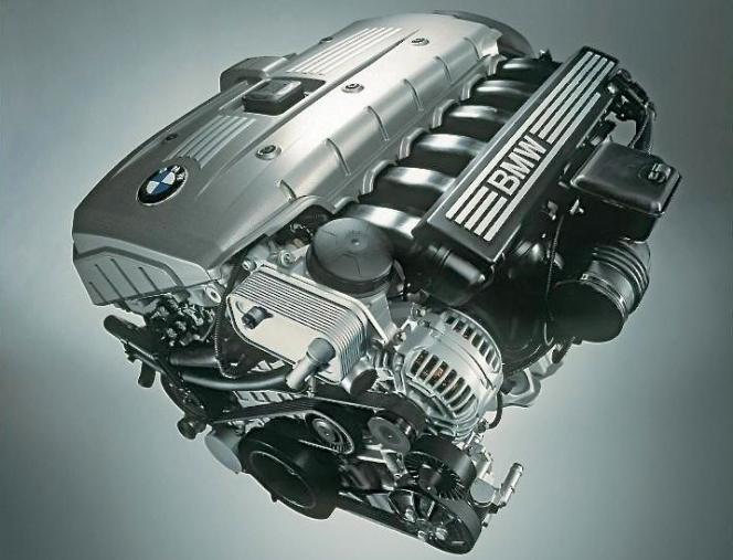 BMW エンジン