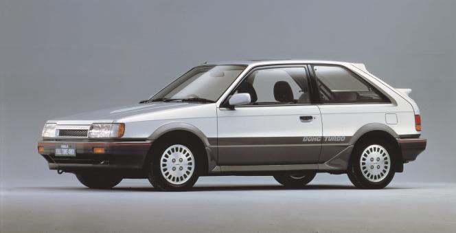 マツダ ファミリアフルタイム 4WD 1985