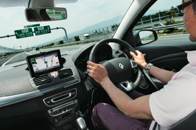 アヘッド タブレットに導かれて、新東名高速へ。