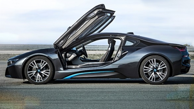 BMW「i8」