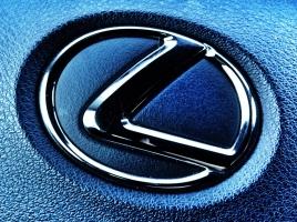 高級車部門顧客満足度10年連続トップのレクサス、何が評価されているのか?