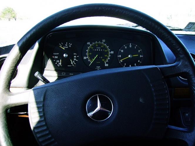 1978 Mercedes steering wheel
