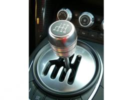 突然、マニュアル車のシフトレバーが固くなる、その理由とは?