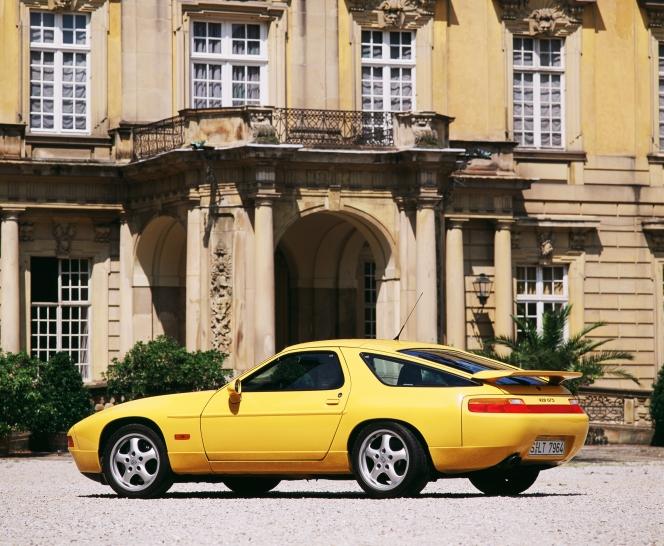 ポルシェ 928GTS (1995)