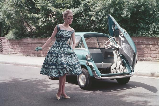 アヘッド BMW・イセッタ 女性